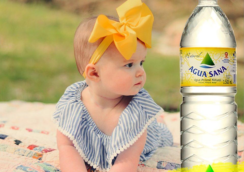 Agua de mineralización muy débil para los pequeños