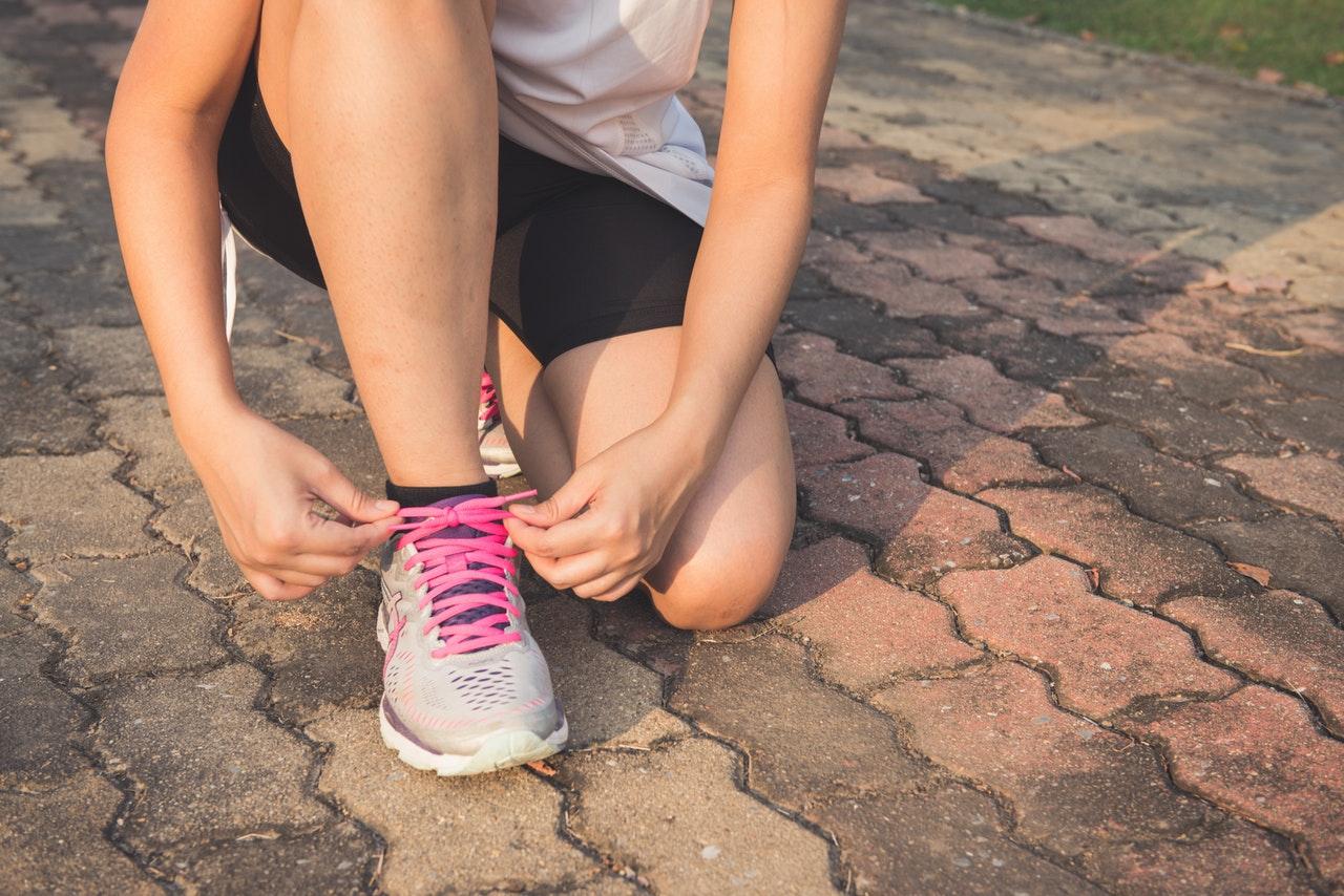 Hacer ejercicio físico, llevar una dieta saludable y no fumar o beber alcohol, algunas de las medidas para reducir las posibilidades de sufrir cáncer de mama