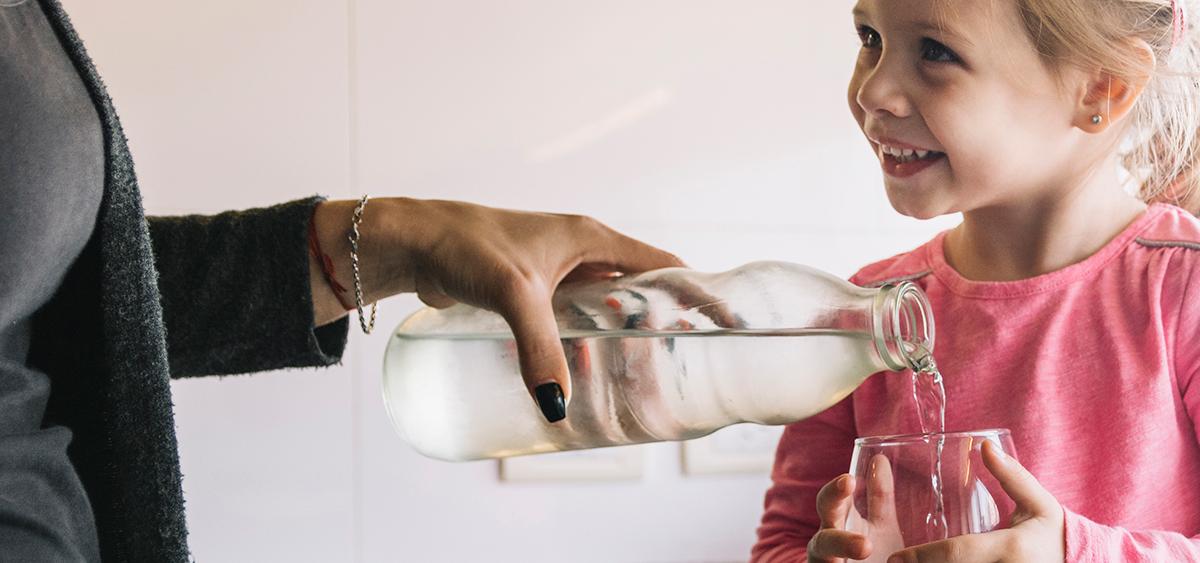El agua mineral natural es una aliada de tu organismo